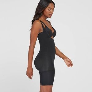 Assets By Spanx Intimates & Sleepwear - Assets by Spanx All in one body slimmer